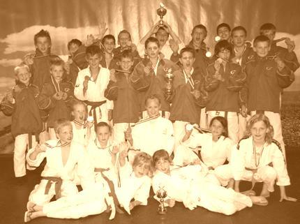 Judo Yushi wint in 2010 twee keer goud op NK jeugdteams