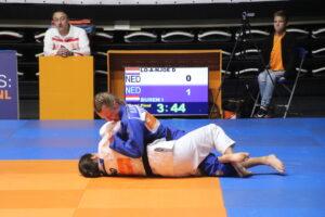 Judo Yushi Judoka Ilse Buren vs Dewi Lo A Noe NK Judo 2018