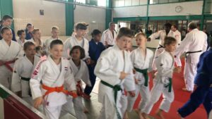 Judo Yushi en Differdange warming-up