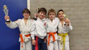 Judo Yushi prijswinaars u10 op judotoernooi Hoogland