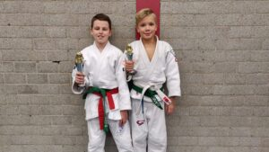 Judo Yushi prijswinnaars u12 op judotoernooi Hoogland
